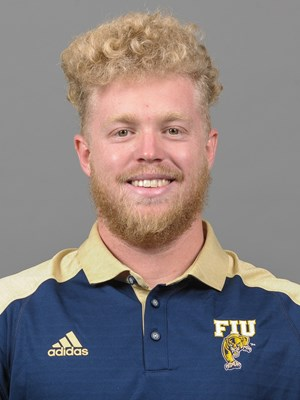 Austin Taylor 2016 Football Fiu Athletics Back up page for @austintaylored www.thetayloredway.com. austin taylor 2016 football fiu